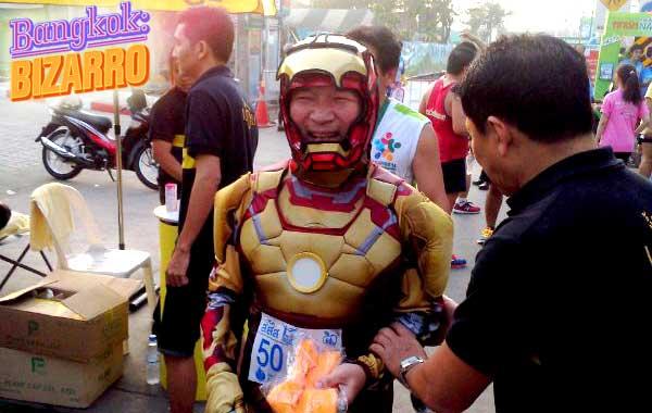 Carrera Bangkok con Iron Man running