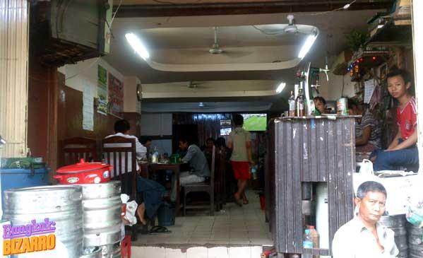 Bar en Rangún