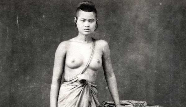 Tailandia mujeres pechos desnudos pasado