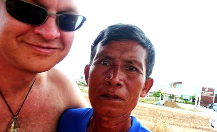 Farang con Thai Bangkok Bizarro