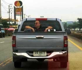 Un farang de camino a Isaan Tailandia