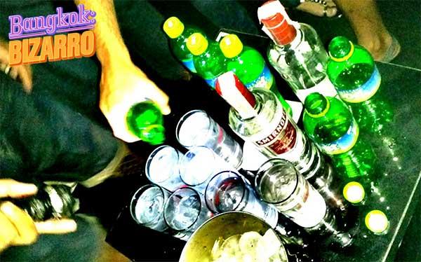 Copas de fiesta salir en Bangkok