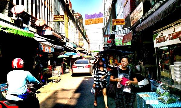 Mercado de Bangkok en On Nut