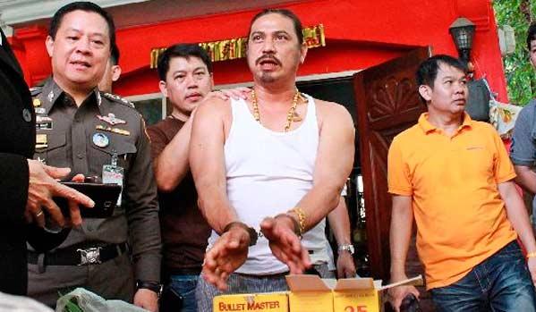 Hechicero Curandero tailandés violador