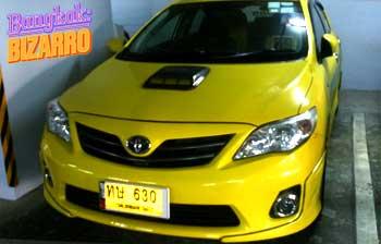 Taxi amarillo tuning en Bangkok