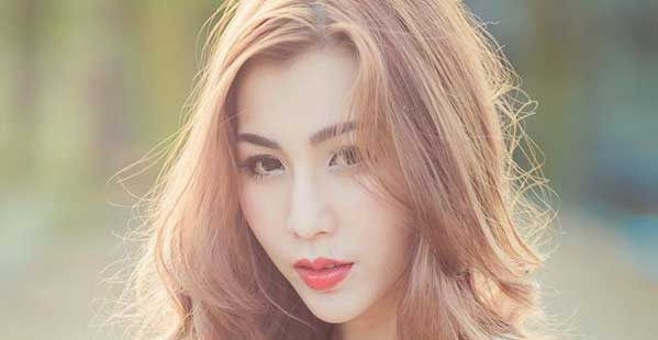 Modelo tailandesa Mochi Pornpem