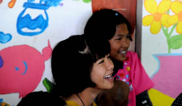 niña tailandia sida