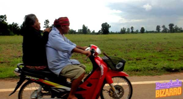 Moto Tailandia Isaan
