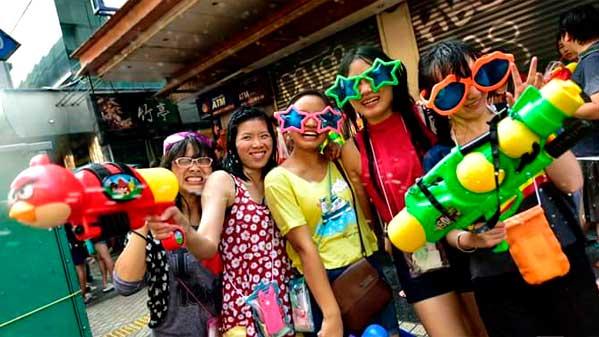 Chicas Songkran Bangkok Tailandia 2015