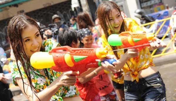 Songkran 2016 chicas