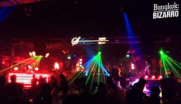 Snop Bangkok club