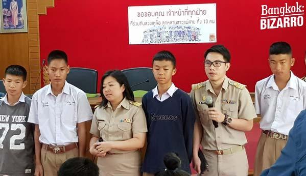 Niños escuela Tailandia