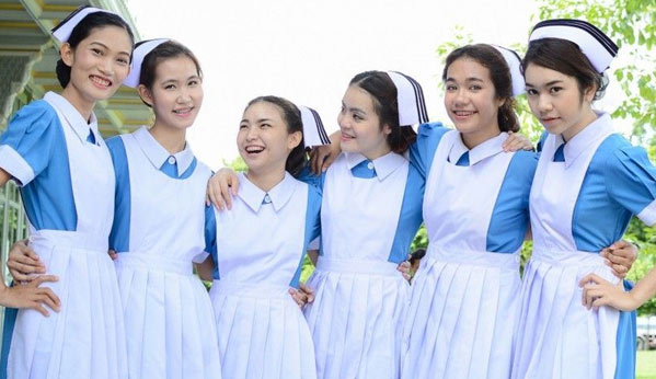 Estudiantes tailandesas enfermería
