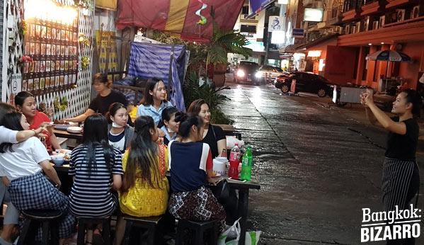 comer en la calle Bangkok