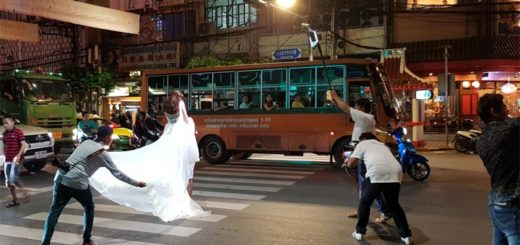 Postureo siamés boda Tailandia